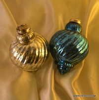 Christmas Ornament Shaped Place Card Holders Matte Antique Gold Glass Ball Christmas