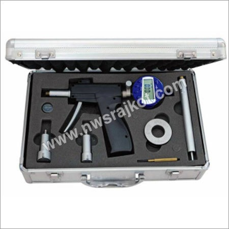 Self Centering Three Points Bore Gauge Set