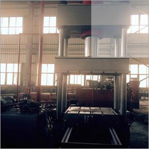 Hydraulic Four Column Press Machine