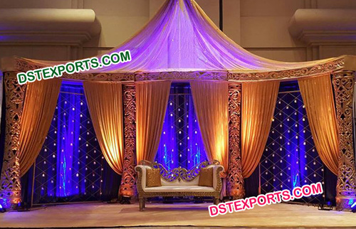 Delizo Pillars Wedding Stage
