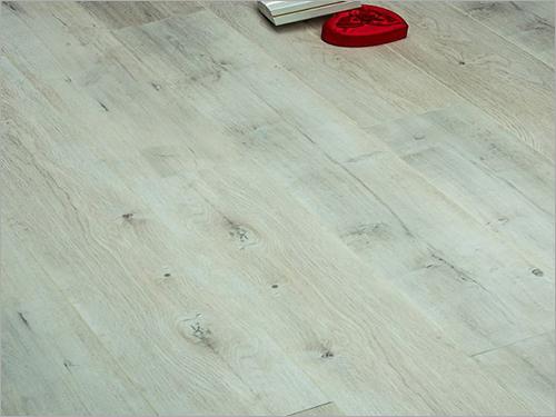 Retro White Laminate Flooring