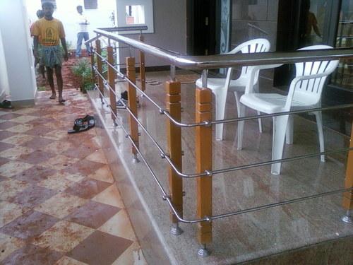 Wooden SS Handrailings