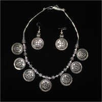 Ladies Modern Black Metal Necklace Set