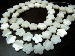 Mother Of Pearl Flower Shape Beads