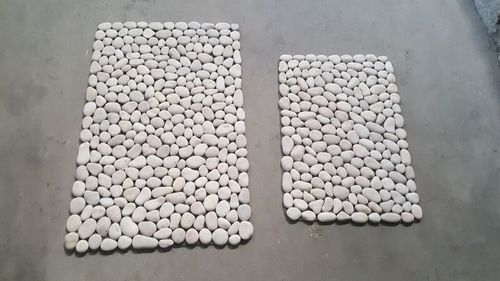 White Pebble Mat