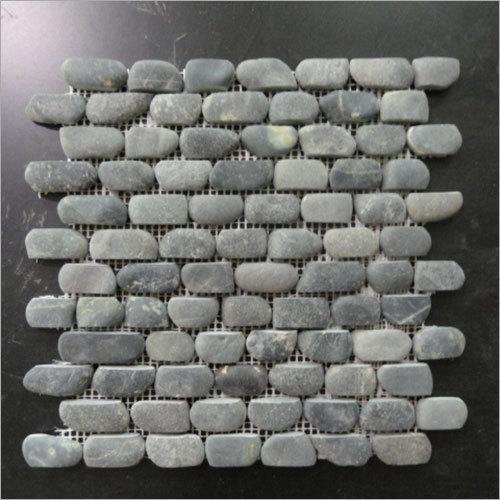 Strip Pebbles