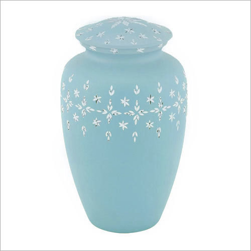 Diamond Cut Urns