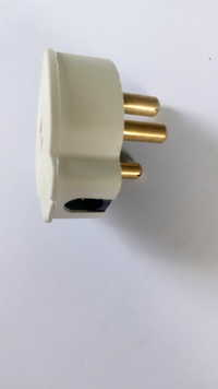 Electrical 3 Pin Plug Top