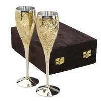 Designer Wine Glass Set With Wooden Box Gift Set