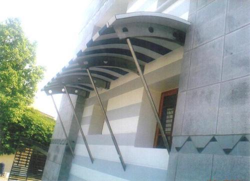 SS Glass Canopy