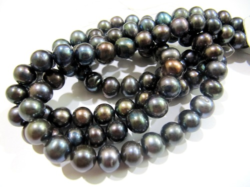 Pearl beads Black Colour