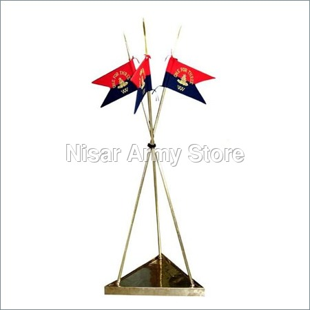 Brass Lancer Flag Set