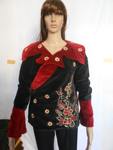 Velvet Embroidered Jacket Women's moss green velvet jacket with floral embroidery in silk