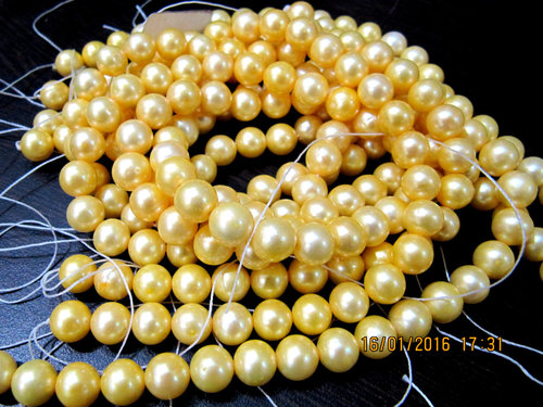 Stone Natural Pearl Golden Color Beads