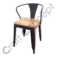 WOODEN SEAT IRON ARM CHAIR