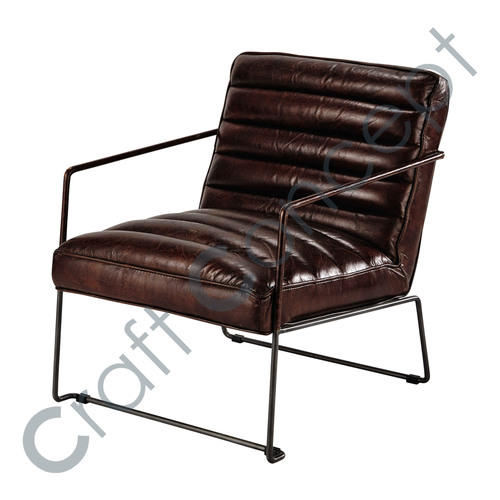 GLOSSY LEATHER ARM CHAIR
