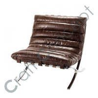 GLOSSY LEATHER CROSS LEGS CHAIR