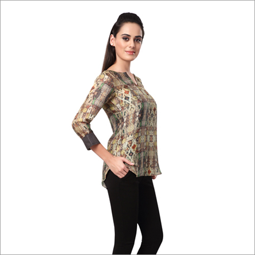 Ladies Casual Printed Tops