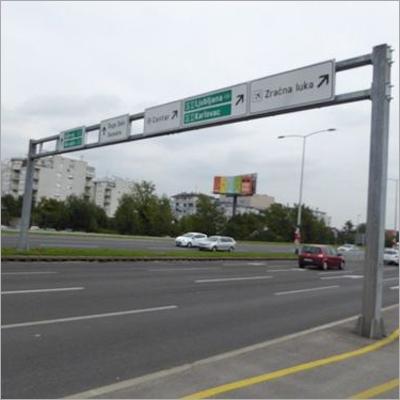 Gantry Pole