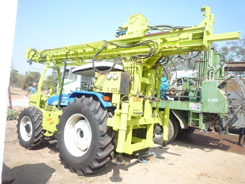 Tractor Mounted Drilling Rig With Single Rod Changer