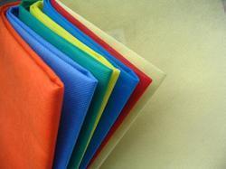 Bonding of silk to non woven fabric