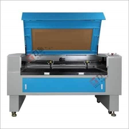 Double Heads Co2 Laser Cutting Machine