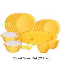 Wonder Microwave Safe Plastic Round Dinner Set (32 pc.)