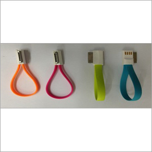 Magnetic USB AM to 30Pin Cable