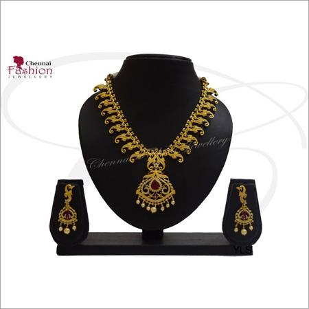 Ladies Fancy Necklace Set