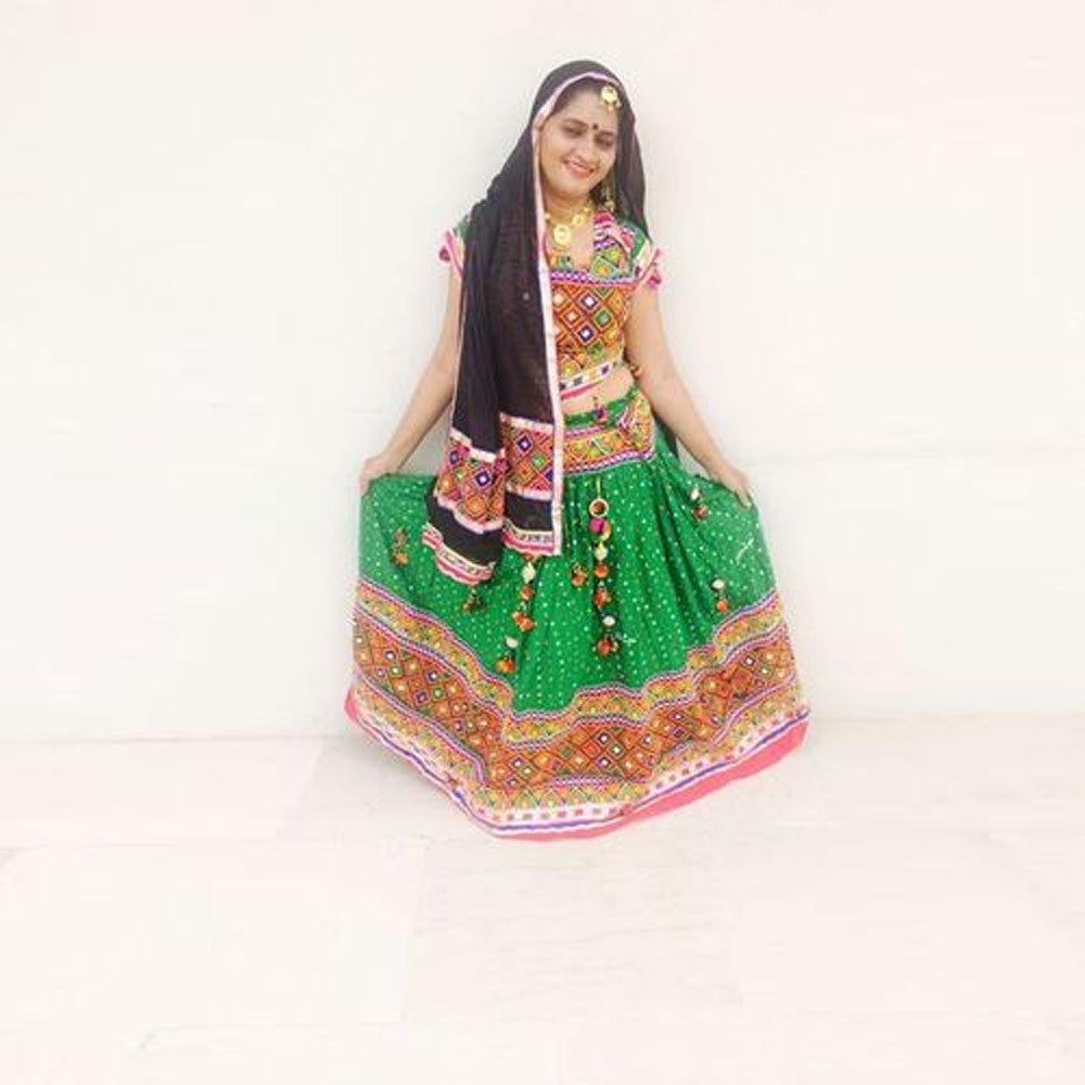 Dandiya Dress Black Duppata Green Skirt Costume