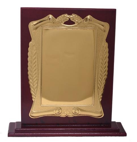 Golden Wooden Mementos