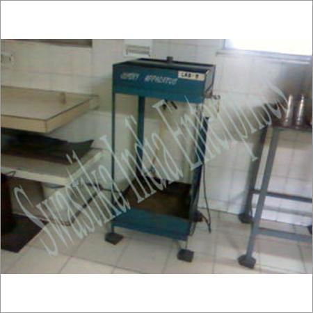 Johmeny Apparatus