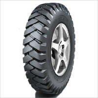 Max Lug Tyres