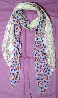 Printed stoles with lace