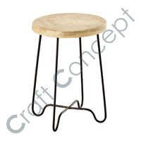 METAL & WOOD STOOL