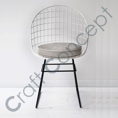 B/W METAL CHAIR