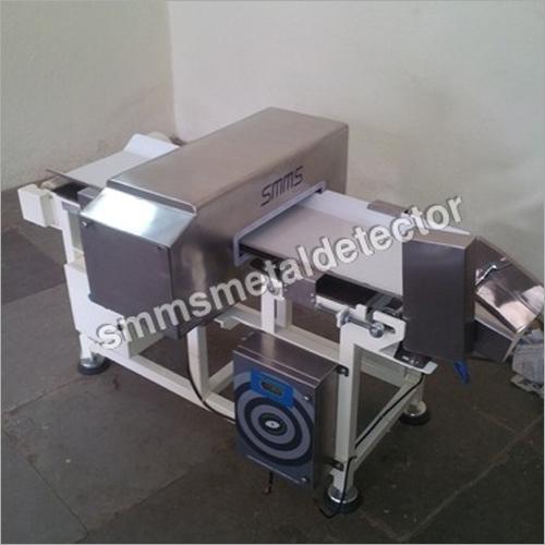 Food Packets Metal Detector