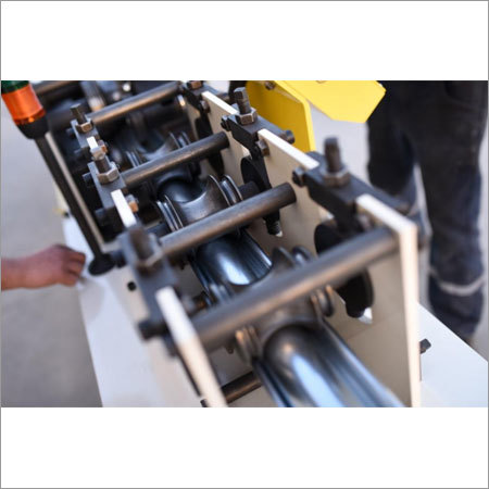 Tube Rolling Shutter Making Machine