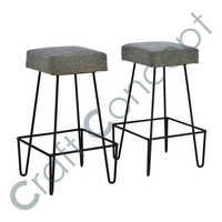 HAIRPIN METAL BAR STOOL