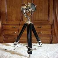 Wooden Tripod With Spot Light