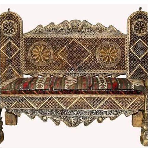 Wooden Handicraft Bed