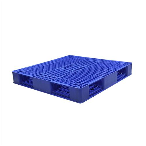 6 Runner Plastic Storage Pallet