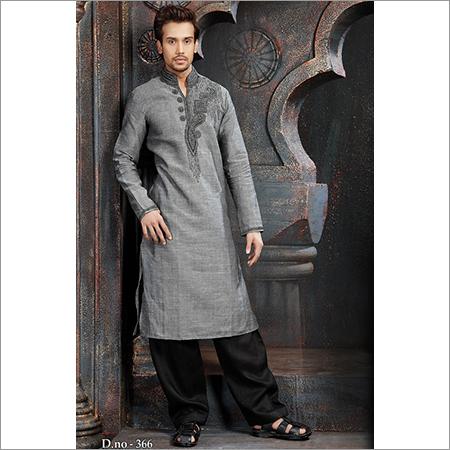 人的Pathani衣服
