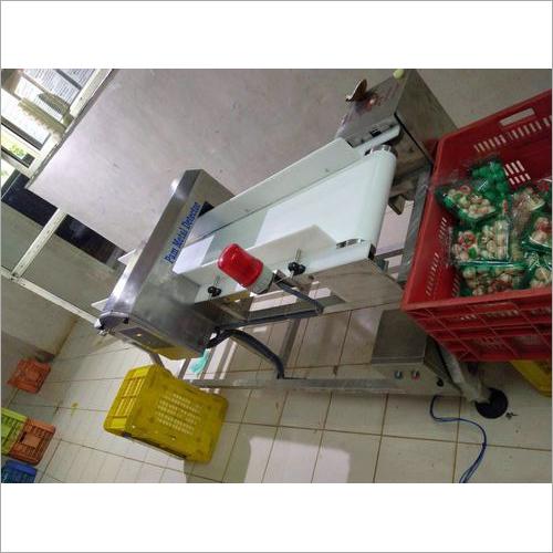 Pulse induction metal detector