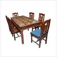 设计师木餐桌