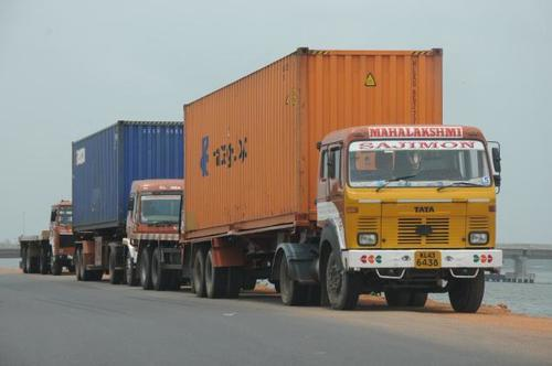Containers Transport Service