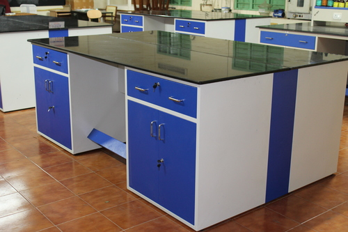 Laboratory Furniture Manufacturer in Tamilnadu
