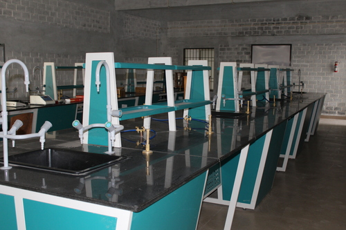 Laboratory Furniture Manufacturer in Kerala