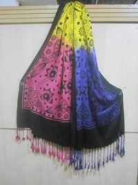 3 colours combination viscose printed shawls