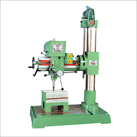 Universal Radial Drilling Machine With Auto Power